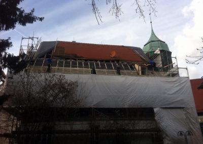 Dachsanierung des unter Denkmaschutz stehenden Pfarrhaus in Stuttgart-Feuerbach